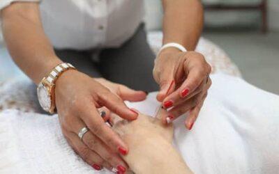 Acupuncture vs. Massage: The Comparison Guide